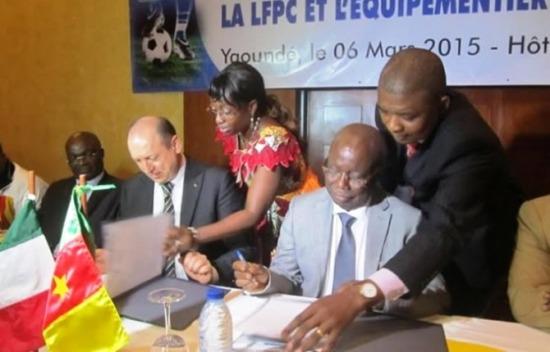 ligue1_Signature-de-convention-LFPC-GARMAN670